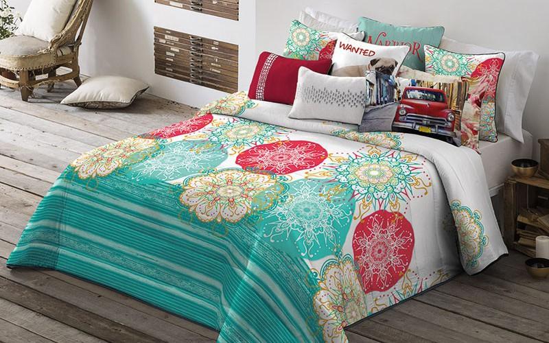 Ágytakarók és párnák